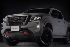 Nissan-Navara-2021-4