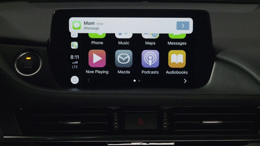 How Does The Apple CarPlay work