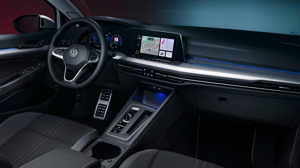 Volkswagen Golf 8 eTSI