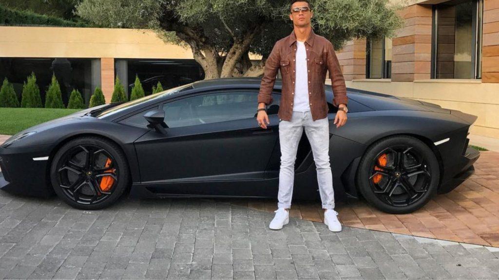 Cristiano Ronaldo cars Lamborghini Aventador