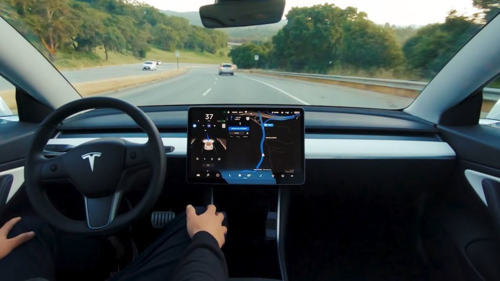 Tesla Autopilot the Canadian who slept behind the wheel on trial
